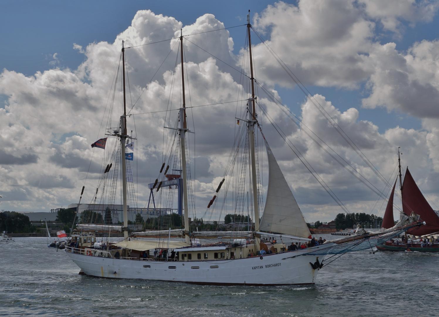 Kapitan Borchardt auf der Hanse Sail.