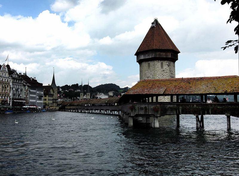 Kappelbruecke mit Hofkirche