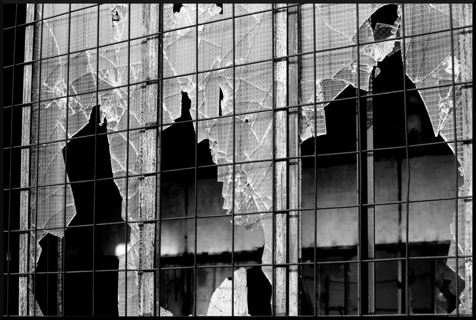 kaputte Fenster, die 3.