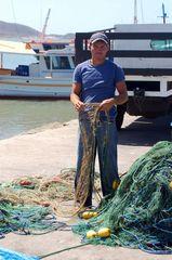 Karibischer Fischer bei der Arbeit / Work