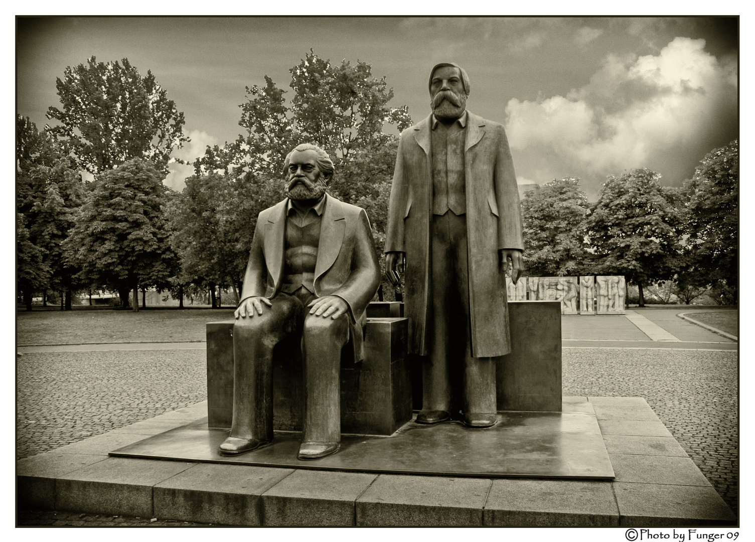 Karl und Friedrich.....