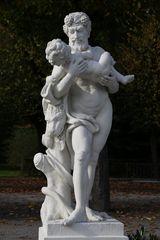 Karlsruhe - Mythologische Bildwerke auf dem Schlossplatz (II)