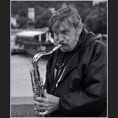 Karluv-Most-Blues