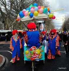 Karnevalssonntag in Düsseldorf 2012 -(1)