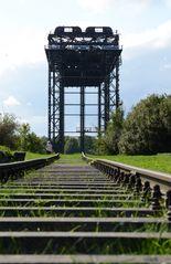 Karnin - Eisenbahnhubbrücke