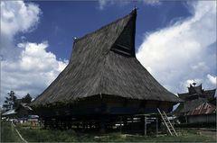 karo batak house