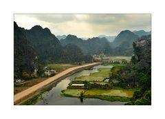 Karstberge bei Hoa Lu