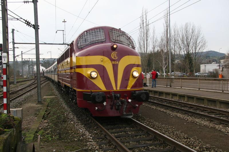 Kartoffelkäfer (Diesel-Kultlok auf Nostalgiefahrt in Ettelbrück)