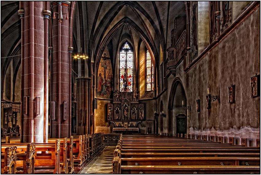 Kath. Pfarrkirche St. Cosmas und Damian in Gau-Algesheim
