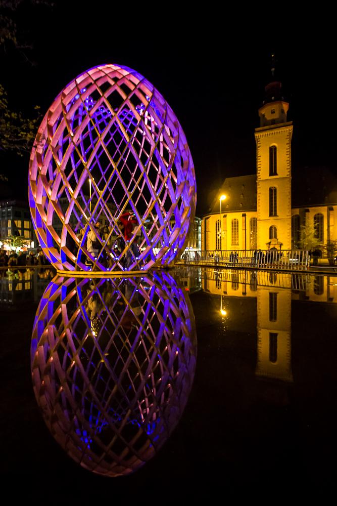 Katharinenkirche und Riesen-Ei