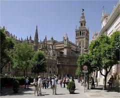 Kathedrale mit Giralda-Turm