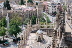 Kathedrale von Sevilla_Blick auf die Alcazar