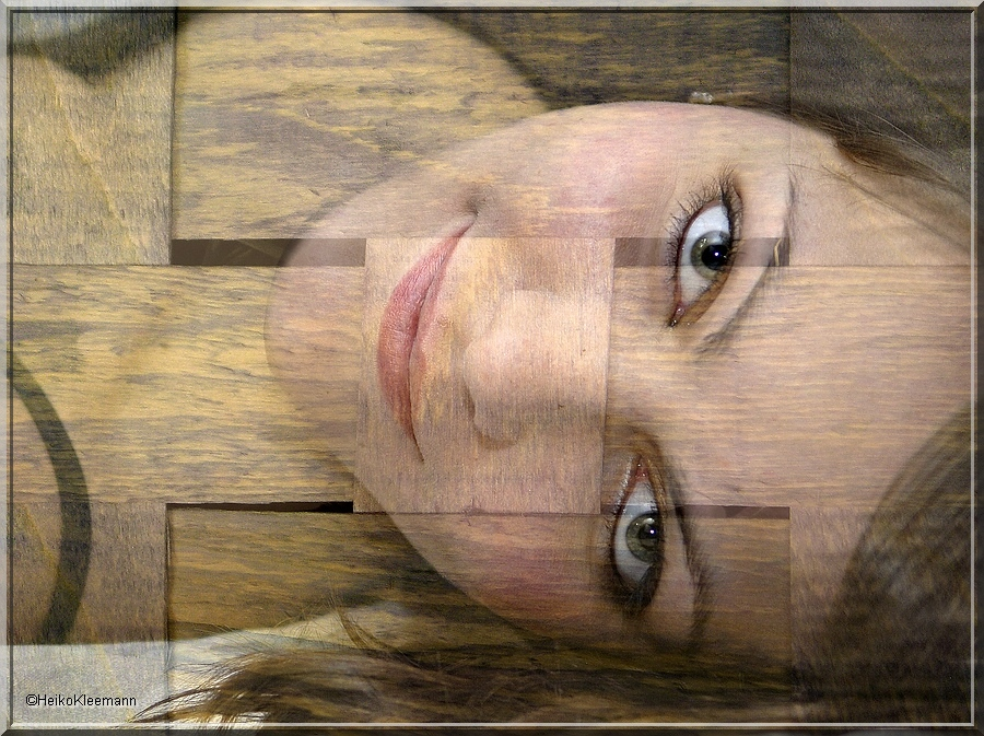 Kati auf Holz