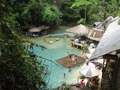 Kawasan Falls Resort von oben