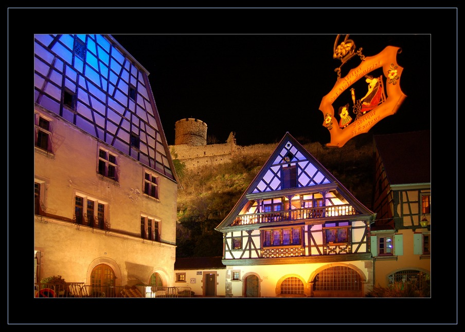 Kaysersberg (Haut-Rhin) am Abend