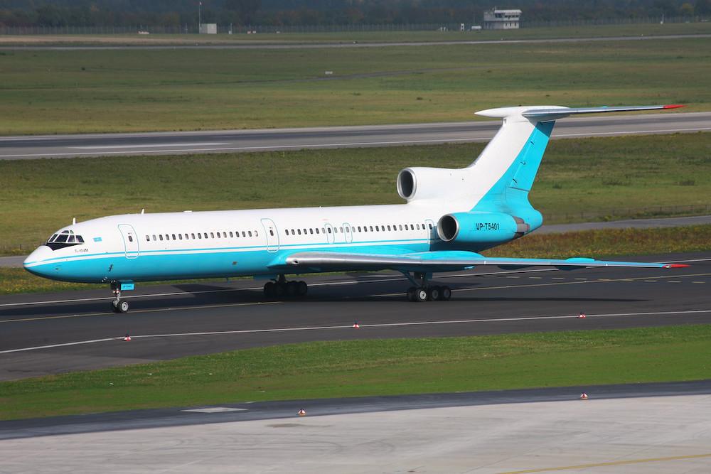 Kaz Air TU154M