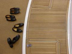 Keine Stiefel = keine Frau an Bord