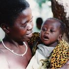 Kenia - mamma col suo splendido bimbo