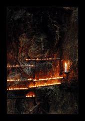 Kerzen in der Temppeliaukio-Kirche