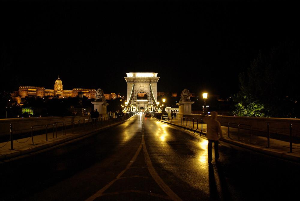 --- Kettenbrücke ---