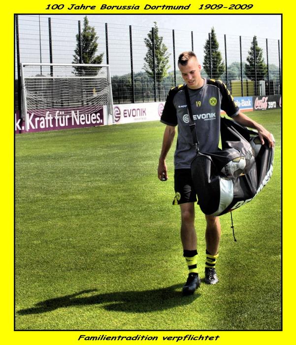 Kevin Großkreutz-KraftFürNeues-Force for new-Vigueur pour la Nouvelle-Vigore per i nuovi