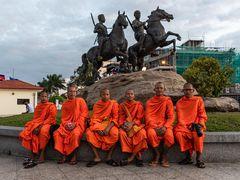 KHM_6888_Mönche in Phnom Penh