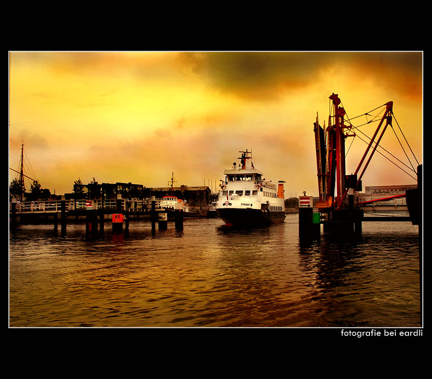 ~ Kiel Hafen ~
