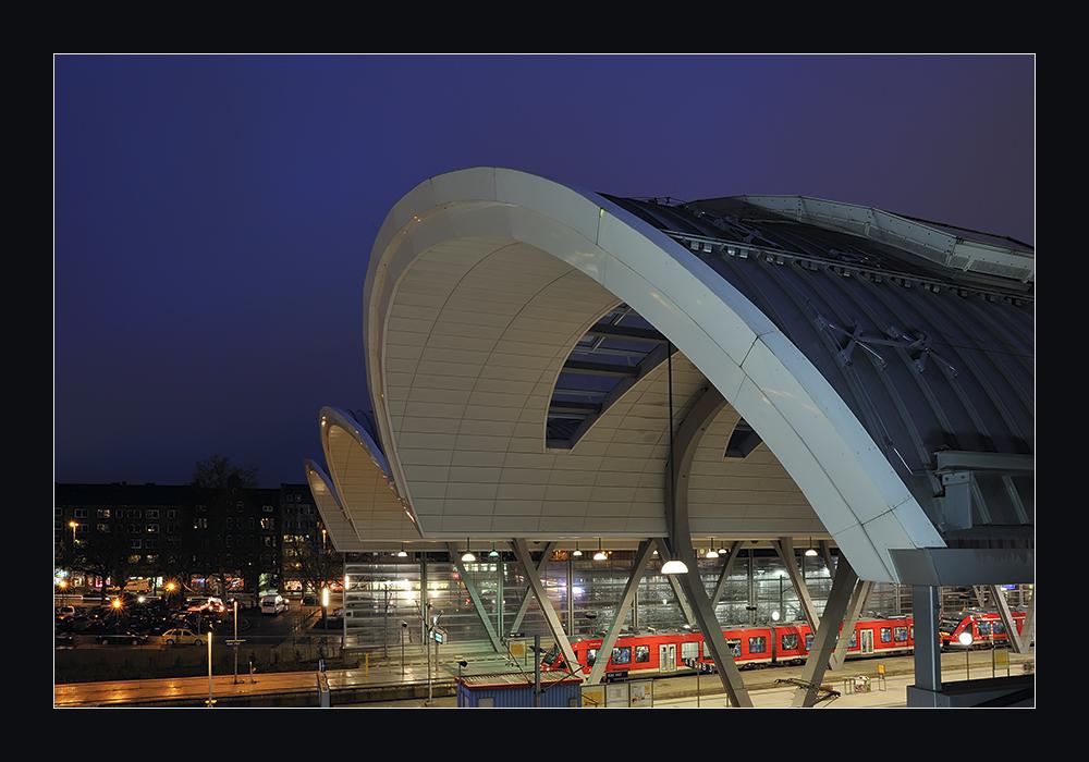 Kiel hauptbahnhof foto bild architektur bahnh fe gleise profanbauten bilder auf - Architektur kiel ...