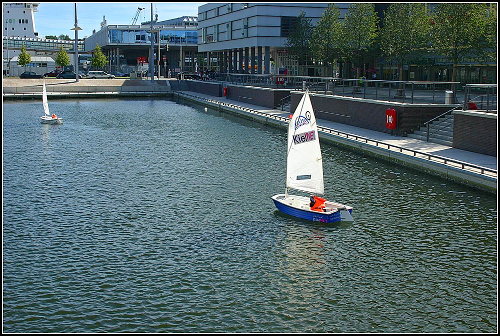 Kiel : Sailing (in the) City