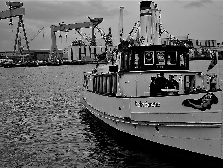 Kieler Sprotte Foto & Bild   schiffe und seewege, projekte