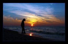 Kind im Sonnenuntergang...