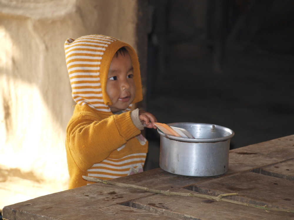 Kind im Terai-Nepal