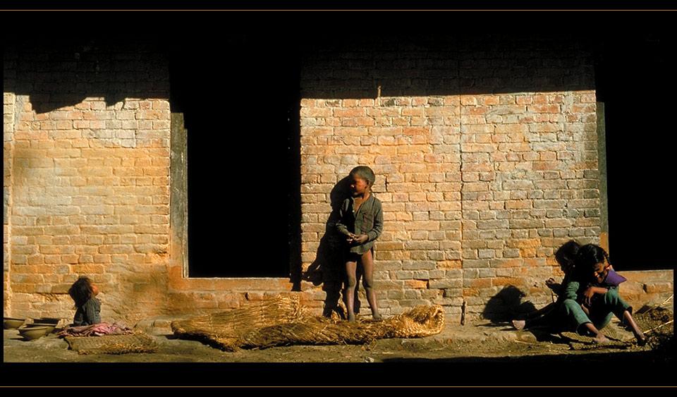 Kind sein in Nepal