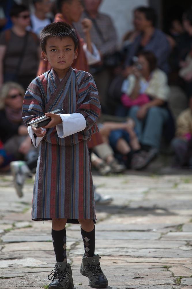 Kinder auf dem Jakar Tshechu