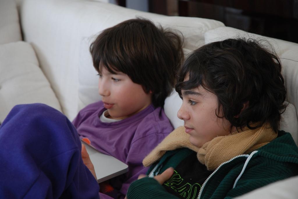 Kinder in ihrer 'natürlichen' Umgebung (1)