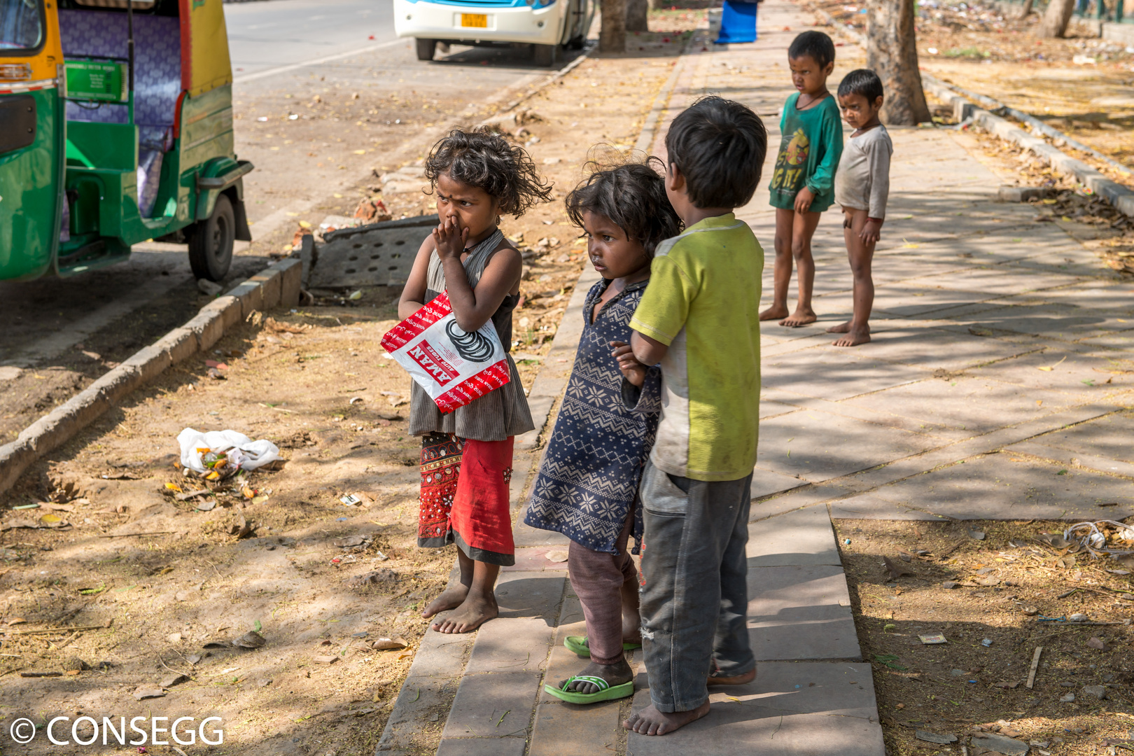Kinder in Old Delhi