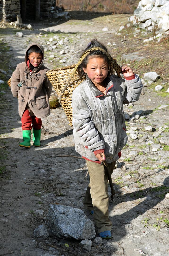 Kinder in Samagaon