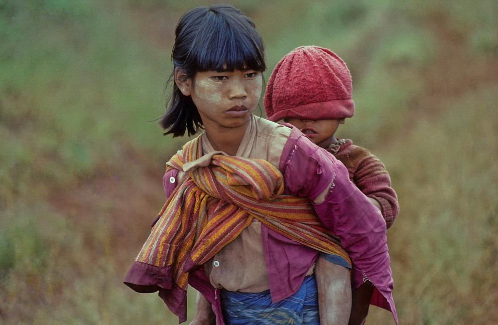 Kinder von der Armut gezeichnet