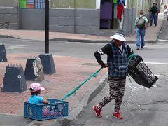 Kinderwagen auf Ecuadoreanisch