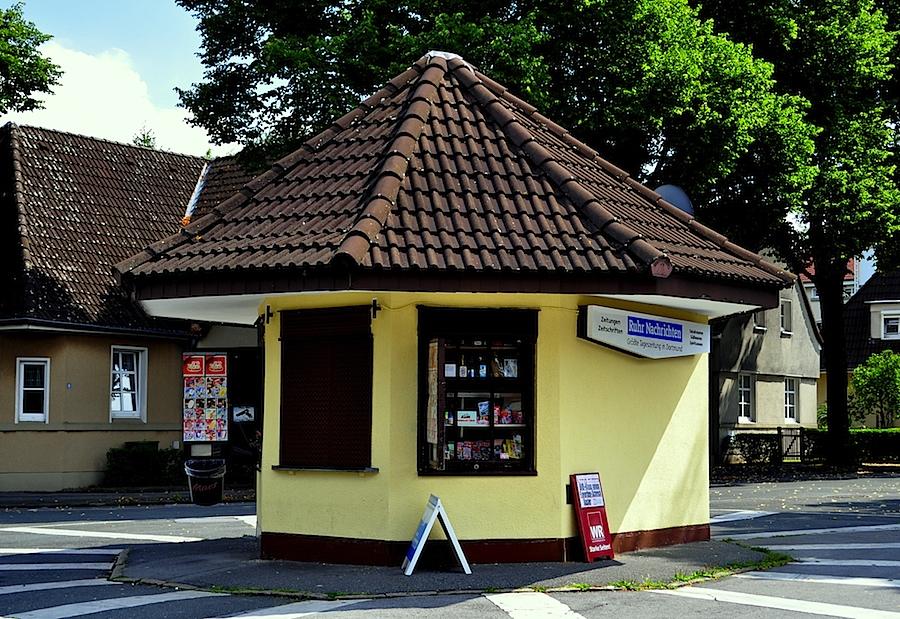 kiosk alte kolonie eving foto bild deutschland europe nordrhein westfalen bilder auf. Black Bedroom Furniture Sets. Home Design Ideas