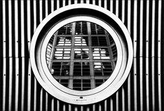 * Kippfenster *