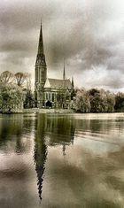 Kirche am Wasser