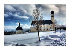 Kirche an der A8...