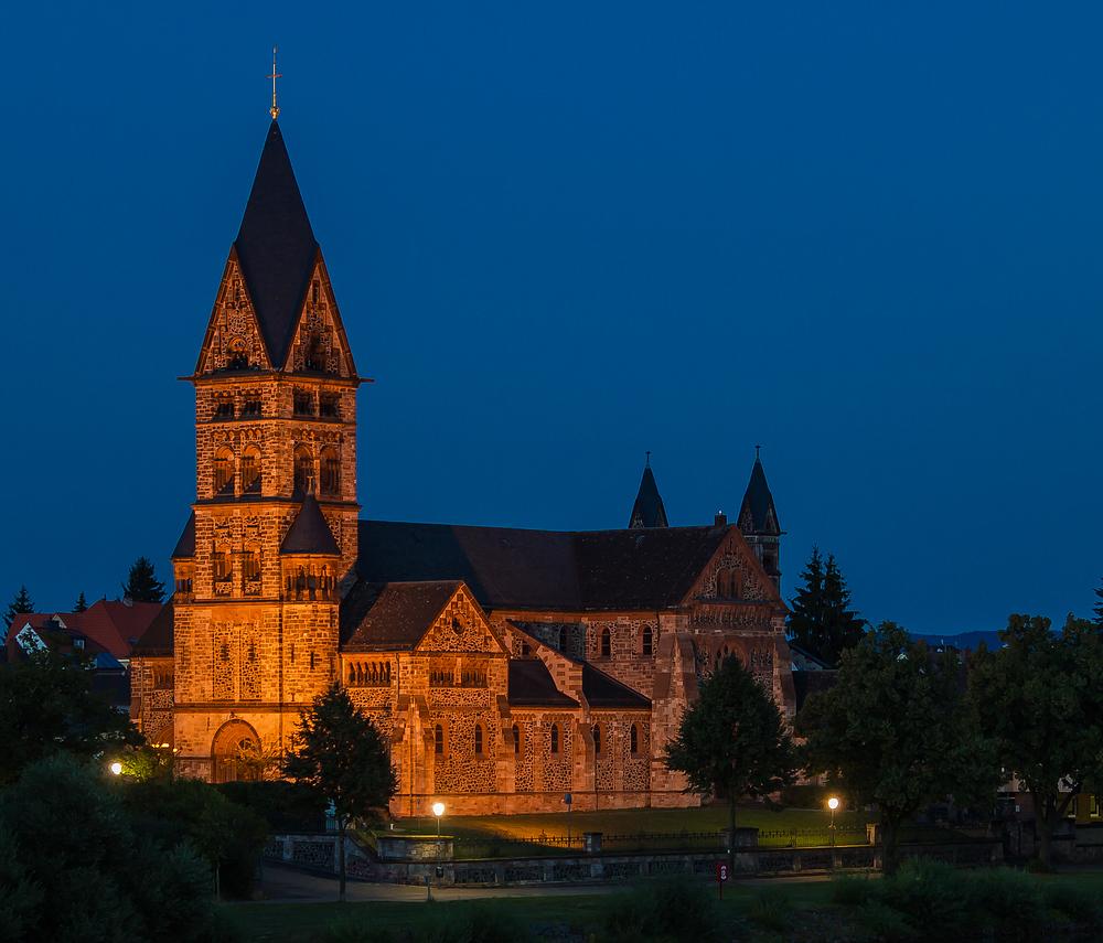 Kirche in Großauheim bei Nacht 2