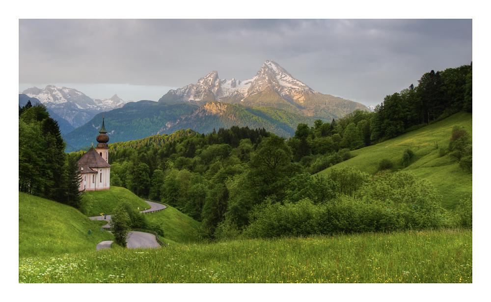 Kirche Maria Gern mit dem Watzmann