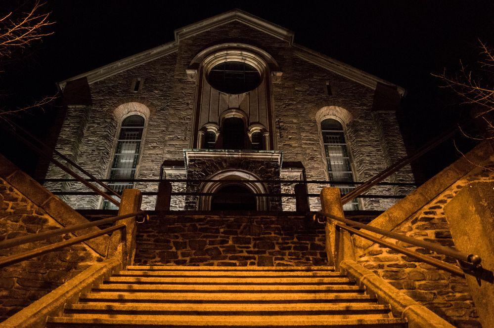 Kirche Schöneck bei Nacht