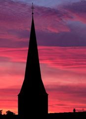 Kirche St. Christophorus am Abend