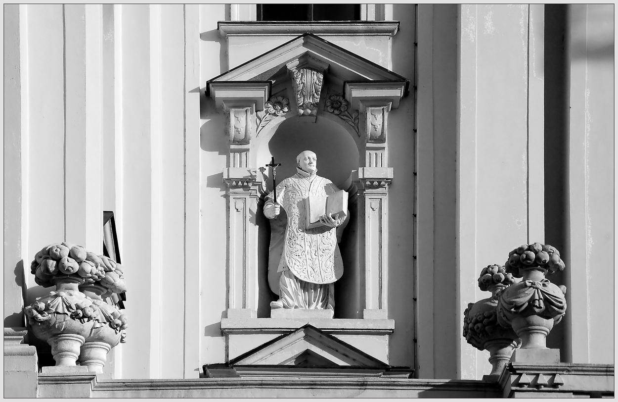 Kirchendetail ~9 ~