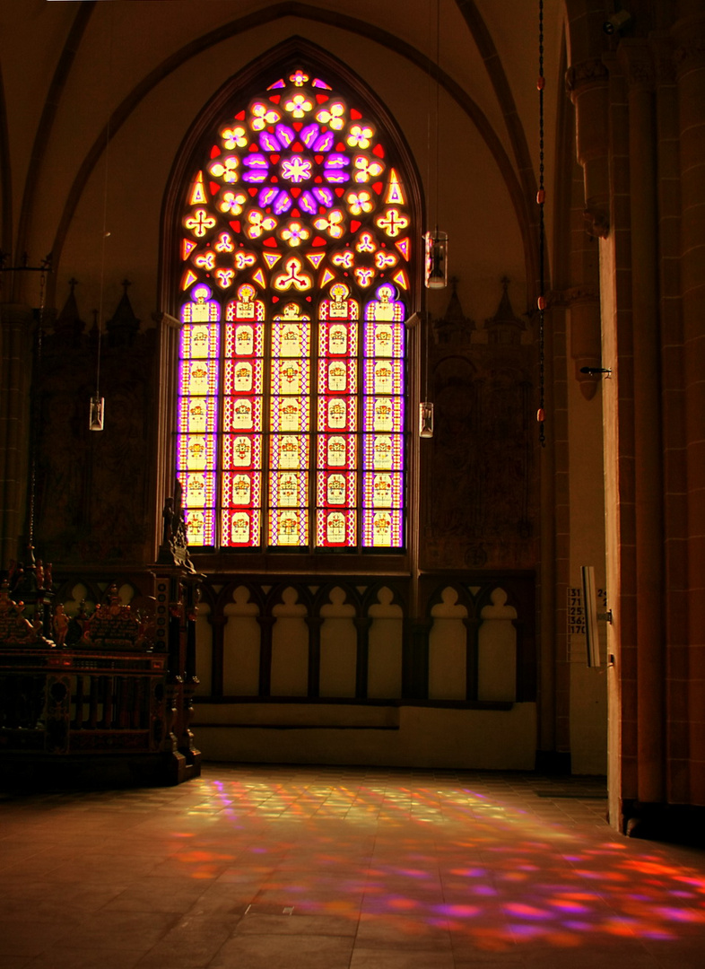Kirchenfenster in St. Nikolai