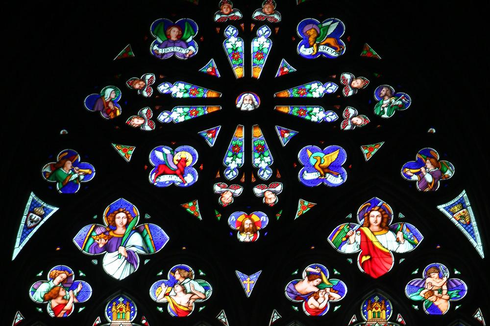 Kirchenfenster Kölner Dom-Teilansicht-